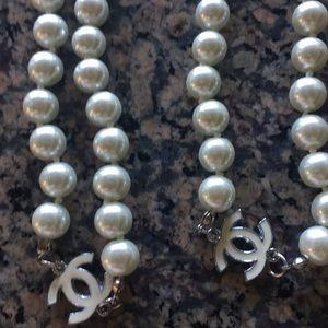 Long opera beads
